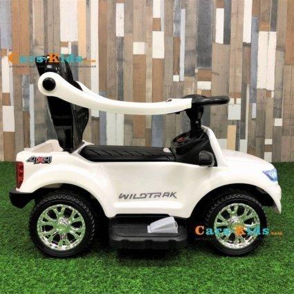 Электромобиль - каталка Ford Ranger DK-P01-P белый (2 в 1, колеса резина, кресло кожа, свет фар, музыка)